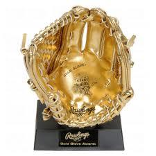 mini_gold_glove_out_of_box_1_0